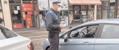 Poliţiştii dâmboviţeni au continuat să acţioneze pentru a verifica modul în care se respectă prevederile legale impuse în contextul COVID-19