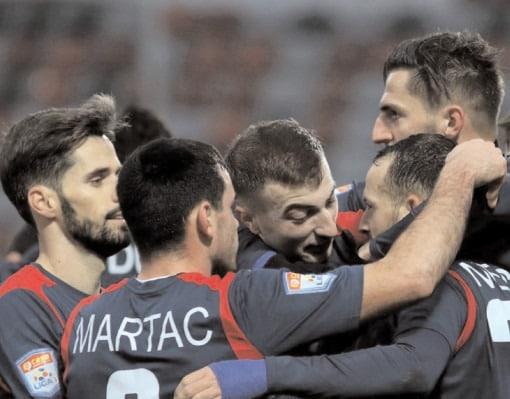 CHINDIA MERGE MAI DEPARTE ÎN CUPA ROMÂNIEI Farul Constanţa – Chindia Târgovişte 0-3 (0-1)