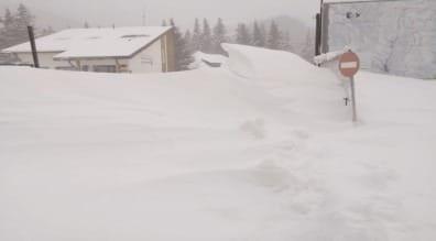 RISC 3 – ÎNSEMNAT de avalanşă în munţii Bucegi