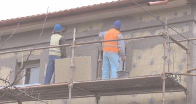 Munca fără forme legale – un pas mai aproape de traficul de persoane