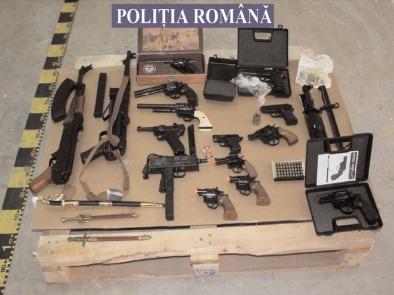 ACŢIUNI ALE POLIŢIŞTILOR DE LA ARME, EXPLOZIVI ŞI SUBSTANŢE PERICULOASE