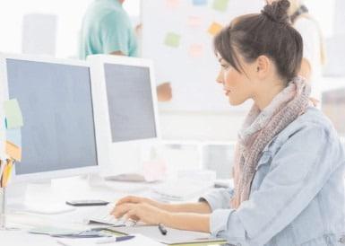 O zi liberă pentru salariaţii care se vor autorecenza prin intermediul internetului la recensământul din 2021