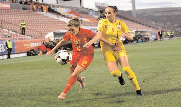ÎNAPOI ÎN LIGA I Echipa de fotbal feminin a Clubului Sportiv Şcolar Târgovişte a promovat în primul eşalon valoric al fotbalului feminin românesc