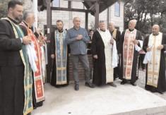 La Voineşti a avut loc sfinţirea Fântânii de pe strada Bisericii, satul Onceşti