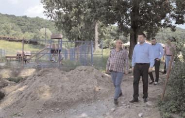 Grădiniţe, cămine culturale, asfaltări de drumuri, în plin proces de realizare în comunele de pe Valea Dâmboviţei