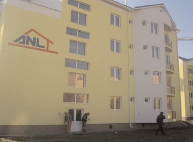 Ordonanţă pentru ieftinirea locuinţelor ANL, după ce preţurile aproape s-au dublat anul trecut