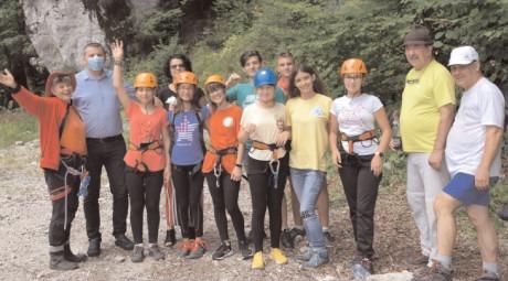 """""""Educație montană pentru tineret"""" este în plină desfășurare, proiect implementat cu sprijinul financiar al Consiliului Județean Dâmbovița"""
