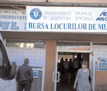 Au fost angajați 208 participanţi la Bursa locurilor de muncă din iulie