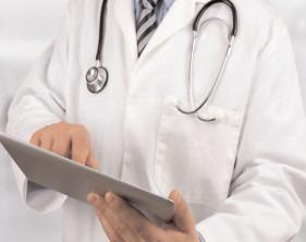 Vârsta standard de pensionare a medicilor ar urma să fie 67 de ani