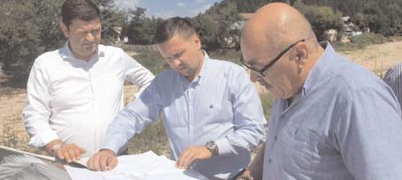 Conducerea CJ este preocupată de lucrările de reparație a drumurilor și podețelor afectate de viiturile din comunele Vișinești, Valea Lungă și Iedera