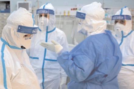 Au crescut infectările în rândul persoanelor nevaccinate, dar și al celor imunizate